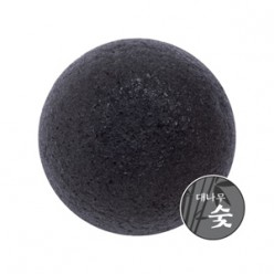 Натуральный угольный спонж для умывания MISSHA Soft Jelly Cleansing Puff - Charcoal